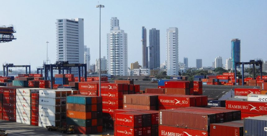 Cartagena2011-Skyline-Habour