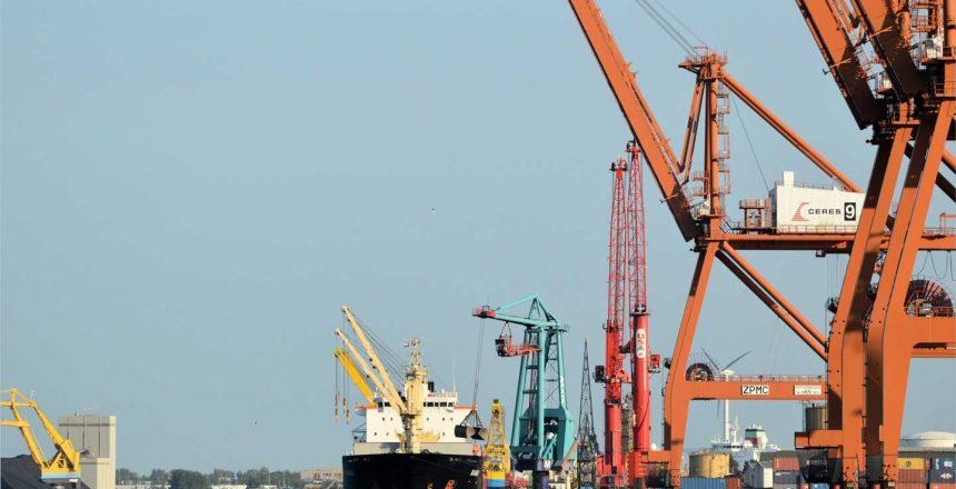 cargo-ship-314455-ZL